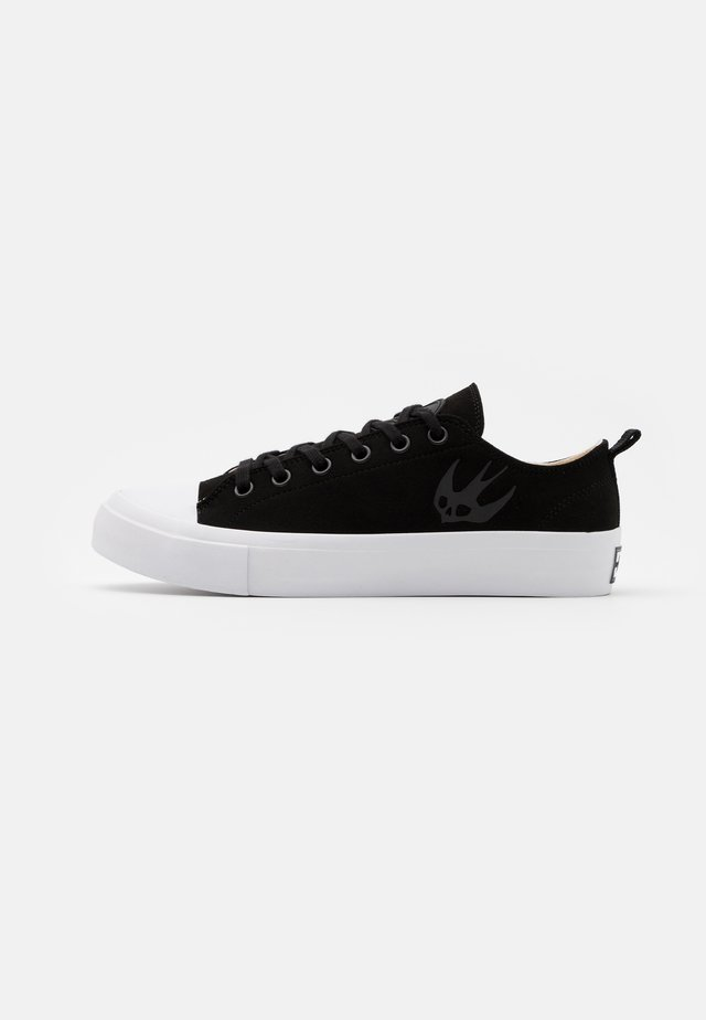 ORBYT MID - Trainers - black