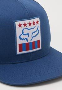 Fox Racing - FREEDOM SHIELD SNAPBACK HAT  - Cap - blu - 3