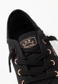Skechers - BOBS CUTE - Trainers - black - 5