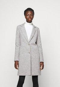 ONLY Tall - ONLCARRIE LIFE COAT - Klasický kabát - light grey melange - 0