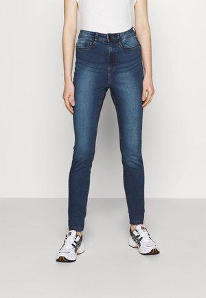NMAGNES  - Jeansy Skinny Fit - medium blue denim