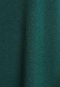 Vero Moda - Jednoduché triko - sea moss - 2