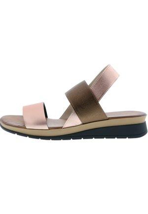 Wedge sandals - rosa