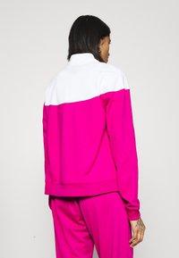 Nike Sportswear - TRACK SUIT SET - Sweatjakke - pink glaze/white/black - 2