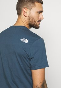The North Face - MENS SIMPLE DOME TEE - T-shirt basic - blue wing teal - 4