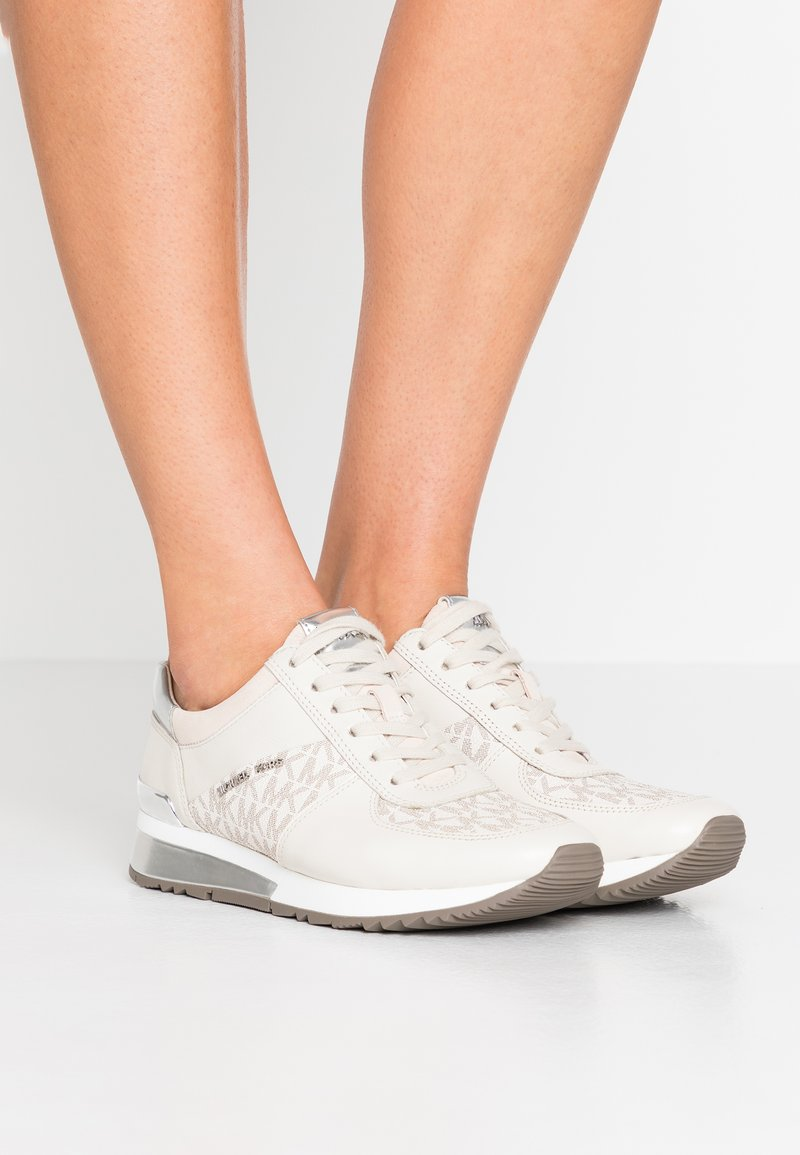 MICHAEL Michael Kors - ALLIE - Sneaker low - vanilla