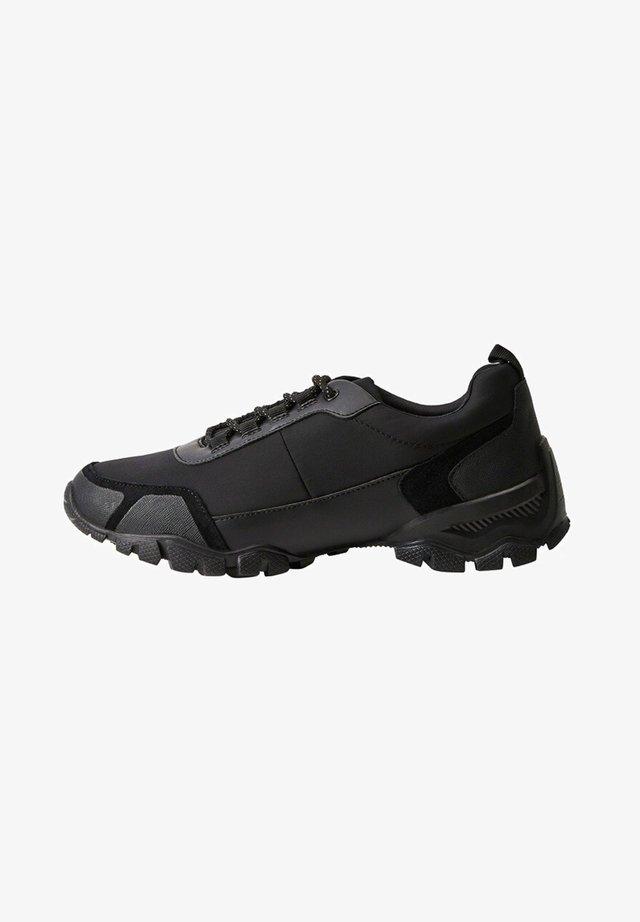 RUNMILAN - Sneakers laag - schwarz