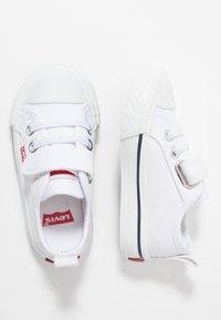 Levi's® - MAUI UNISEX - Sneakers laag - white - 0