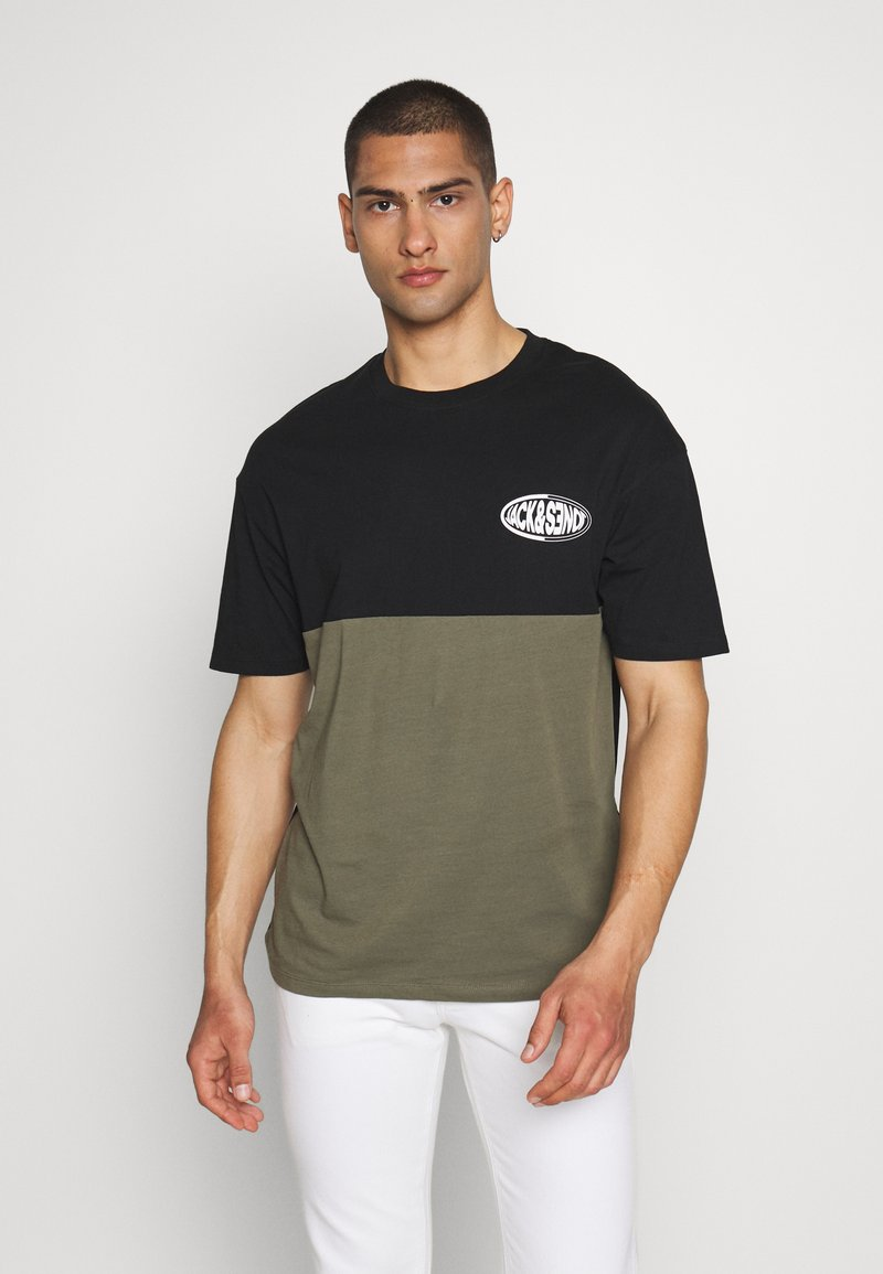 Jack & Jones - JOROVAL TEE CREW NECK - T-shirt med print - dusty olive