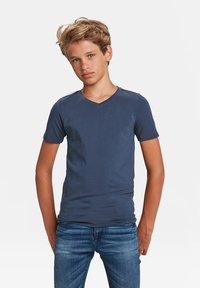 WE Fashion - Basic T-shirt - dark blue - 0