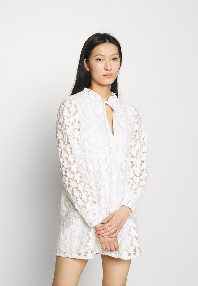 THE MEADOW DRESS - Robe de soirée - white