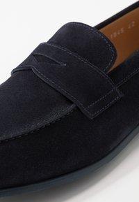 Doucal's - Elegantní nazouvací boty - unidaino blu - 5