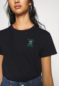 Levi's® - WELLTHREAD PERFECT TEE - T-shirt basic - nightfall black - 5