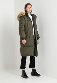 Urban Classics - Winter coat - darkolive - 1