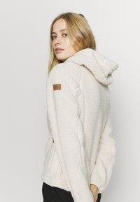 Icepeak - VIAREGGIO - Fleece jacket - natural white - 5