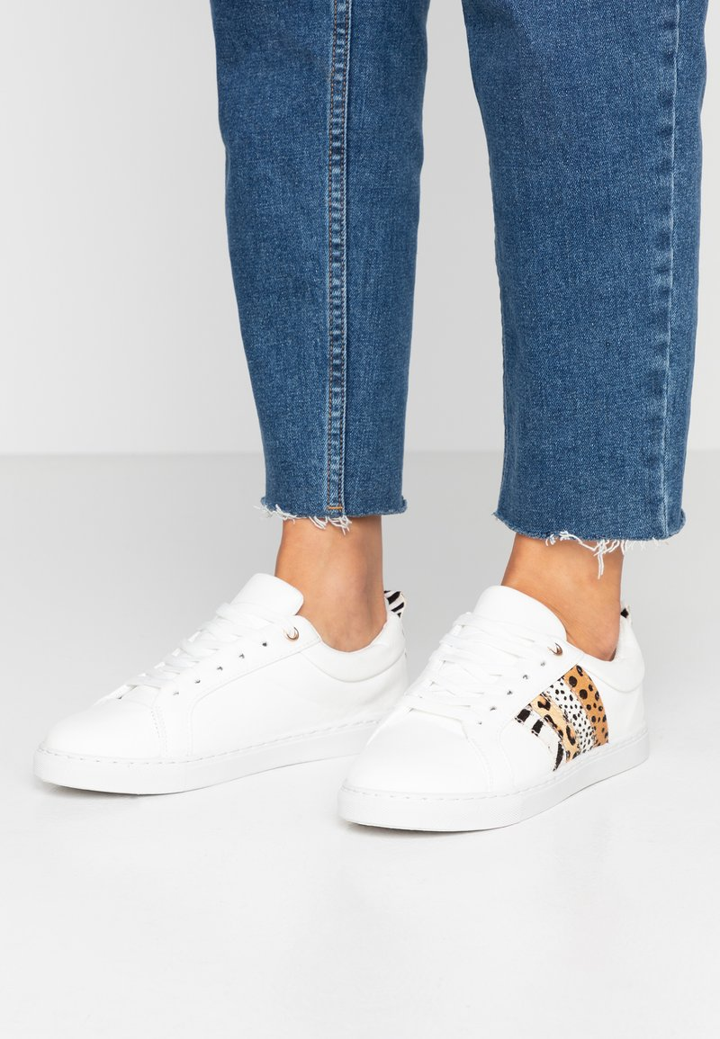 Dorothy Perkins - INFERNO ANIMAL SIDE PANEL LACE UP TRAINER - Trainers - white