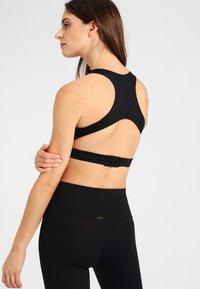 Daquïni - T-shirt bra - black - 2