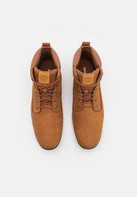 Timberland - KILLINGTON CHUKKA - Lace-up ankle boots - rust - 3
