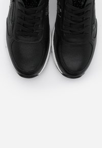 Marco Tozzi - LACE-UP - Trainers - black - 5
