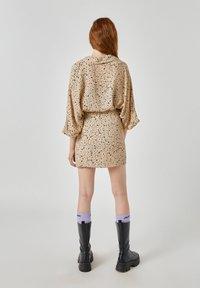 PULL&BEAR - Áčková sukně - beige - 2