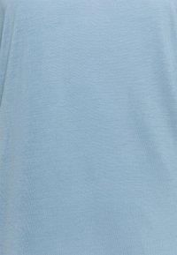 Filippa K - ELENA TEE - Basic T-shirt - faded blue - 2