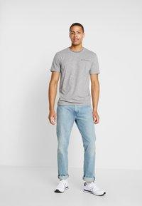 TOM TAILOR - T-shirt med print - sky captain blue/ white melange - 1
