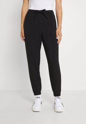 OBJSIGRID PANT - Teplákové kalhoty - black