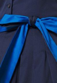 kate spade new york - POPLIN COLORBLOCK DRESS - Shift dress - squid ink - 4