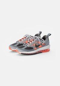Nike Sportswear - AIR MAX GENOME - Sneakers - smoke grey/iron grey mango-summit white-grey - 3