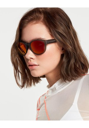 NEIVE - Sunglasses - grey
