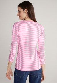 JOOP! - Long sleeved top - pink/weiß gestreift - 1