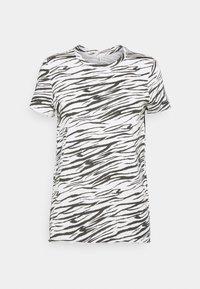 ONLY - ONLGINA LIFE - Print T-shirt - cloud dancer - 3