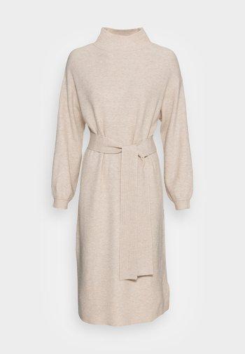 DRESS BELTED - Jumper dress - powder beige melange