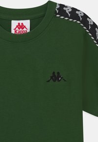 Kappa - ILYAS UNISEX - Print T-shirt - greener pastures - 2