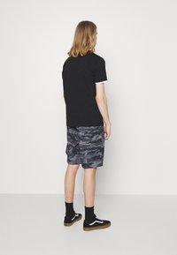 Ellesse - LAVAREDO - Shorts - grey - 2