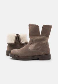 Geox - ECLAIR GIRL - Kotníkové boty - smoke grey - 5