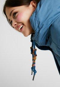 Ragwear Plus - DANKA MINIDOTS COAT - Kåpe / frakk - blue - 3