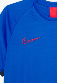 Nike Performance - DRY  - Sports shirt - soar/obsidian/laser crimson - 3