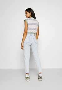 Gina Tricot - DAGNY MOM  - Relaxed fit -farkut - bleached blue - 2