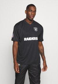 New Era - NFL OAKLAND RAIDERS WORDMARK - Klubové oblečení - black - 2