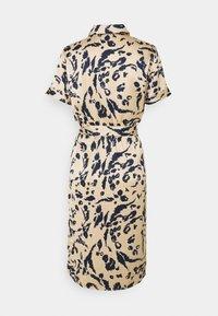 Vero Moda - VMHAILEY DRESS - Vestido camisero - hailey - 1