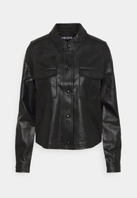 PIECES Tall - PCPAIA SHORT SHACKET - Faux leather jacket - black - 0
