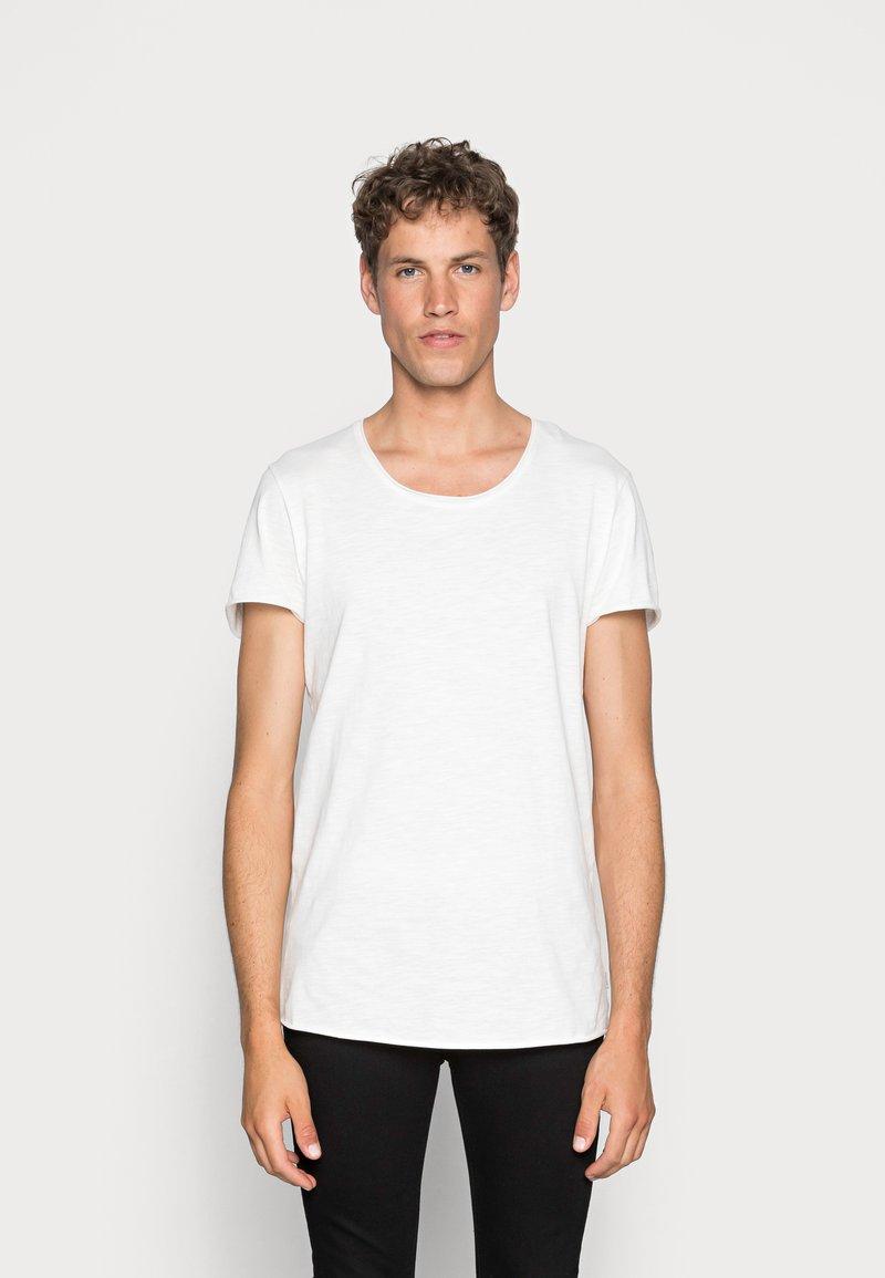 Jack & Jones - JJEBAS TEE - T-Shirt basic - cloud dancer