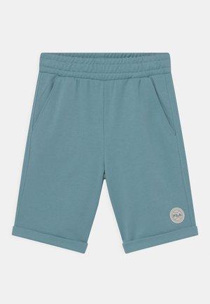 PERCY - Shorts - cameo blue