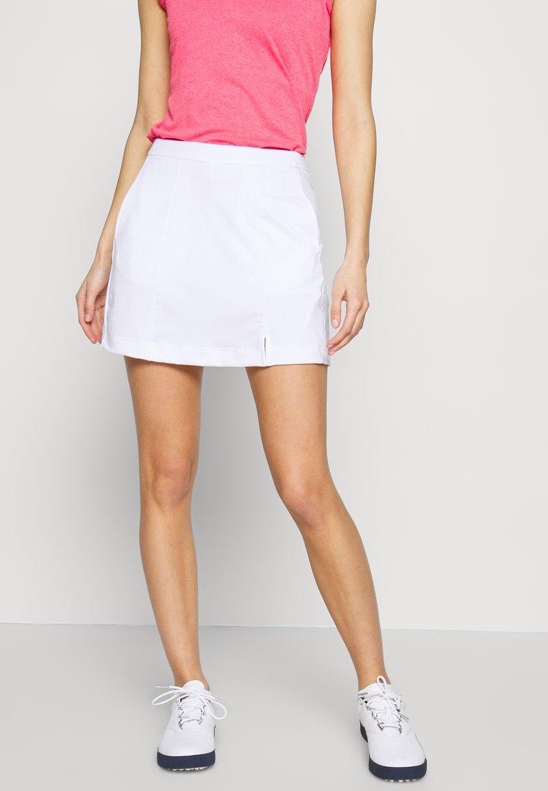 Callaway - TUMMY CONTROL SKORT - Sportovní sukně - bright white