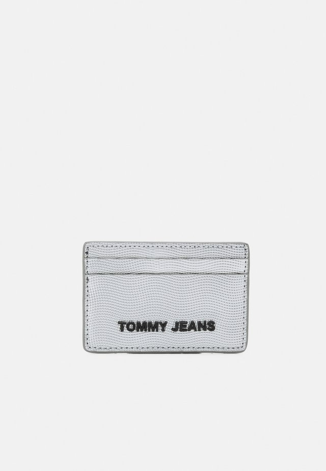 ESSENTIAL HOLDER - Wallet - grey