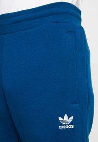 adidas Originals - TREFOIL PANT UNISEX - Tracksuit bottoms - legmar - 4