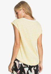 Roxy - GOOD EYES - Top - pale banana kuta stripes - 2