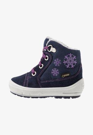 GROOVY - Baby shoes - blau