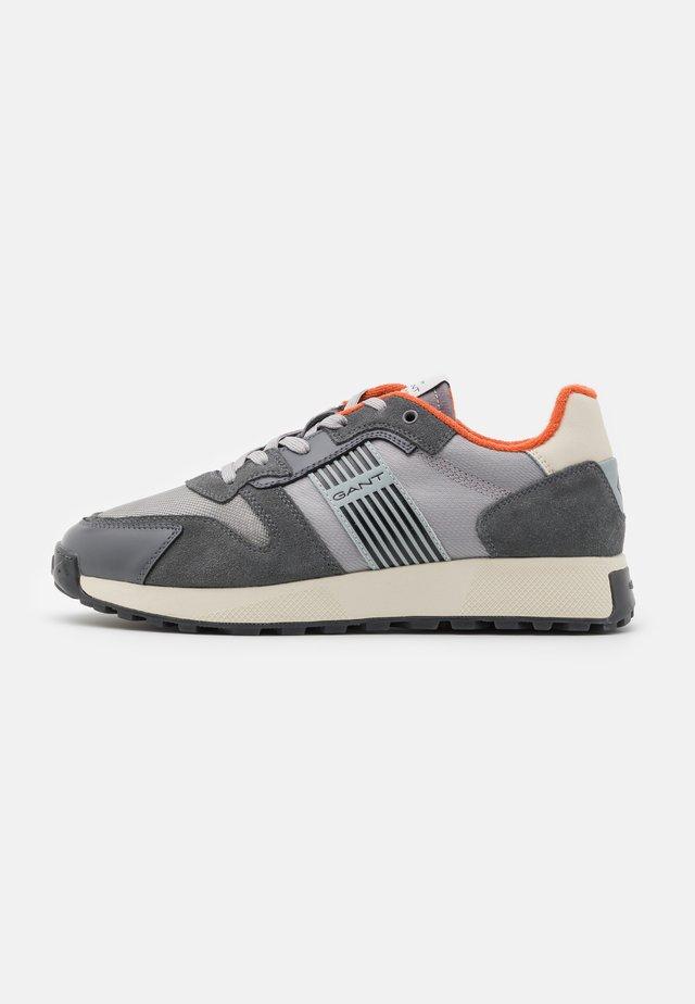 GAROLD - Sneaker low - mid gray